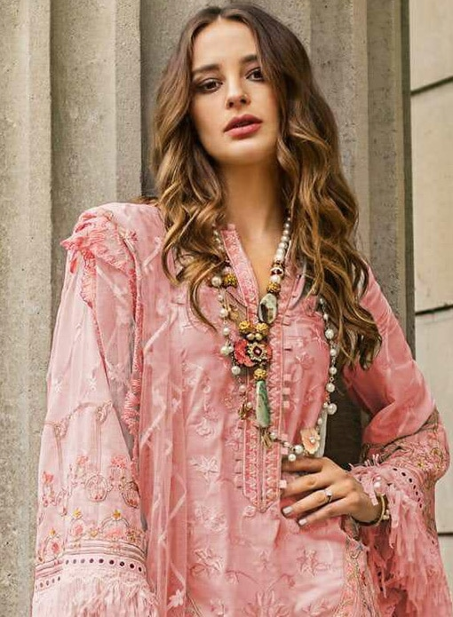 Buy Pakistani suits online in USA,Canada,Australia,Newzealand,UK